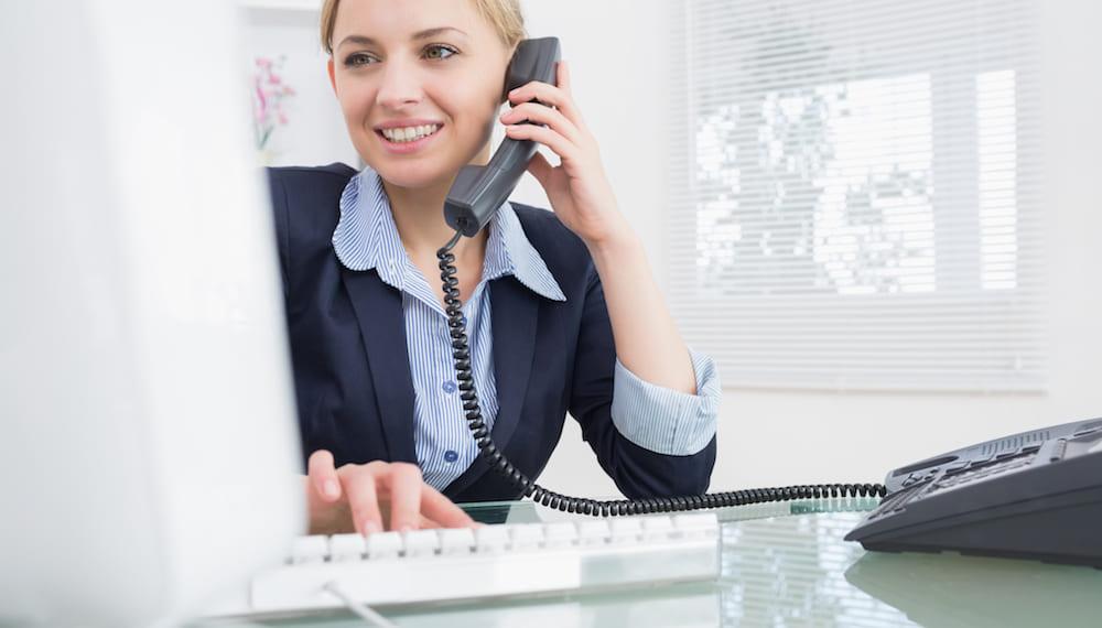4 bí quyết giao tiếp qua điện thoại khi làm việc từ xa