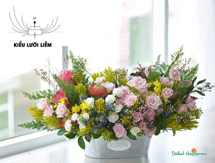 cach cam hoa hong khong kho nhung doi hoi nguoi cam dieu gi 5 - Cách cắm hoa hồng không khó nhưng đòi hỏi người cắm điều gì?