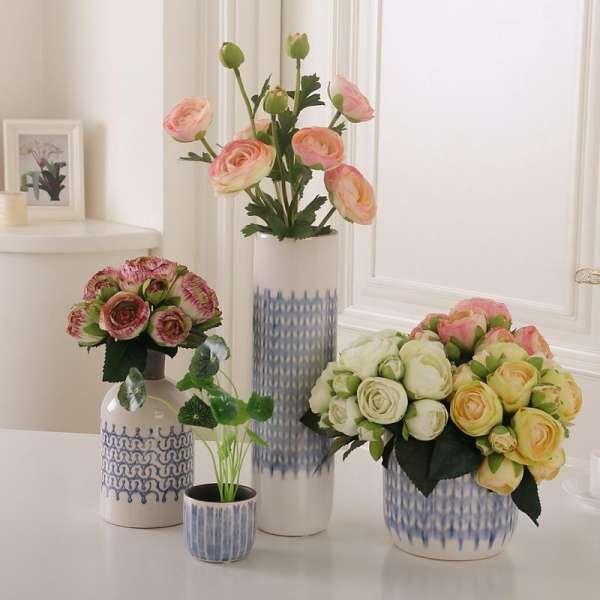 cach cam hoa hong khong kho nhung doi hoi nguoi cam dieu gi 7 - Cách cắm hoa hồng không khó nhưng đòi hỏi người cắm điều gì?